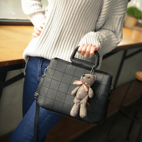Túi xách kèm gấu bông